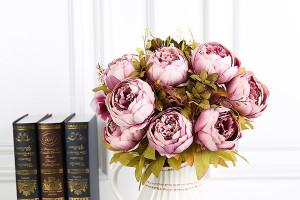 Искусственные цветы: от незамысловатых поделок до произведений искусства>