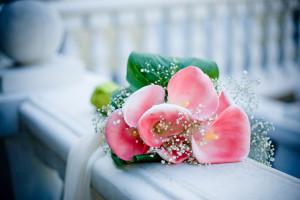 Букет из искусственных цветов к любому празднику>